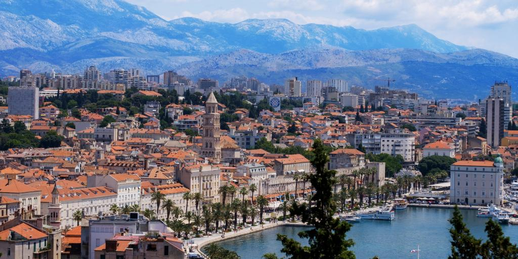 The seaside city of Split in Croatia, with mountains in the background