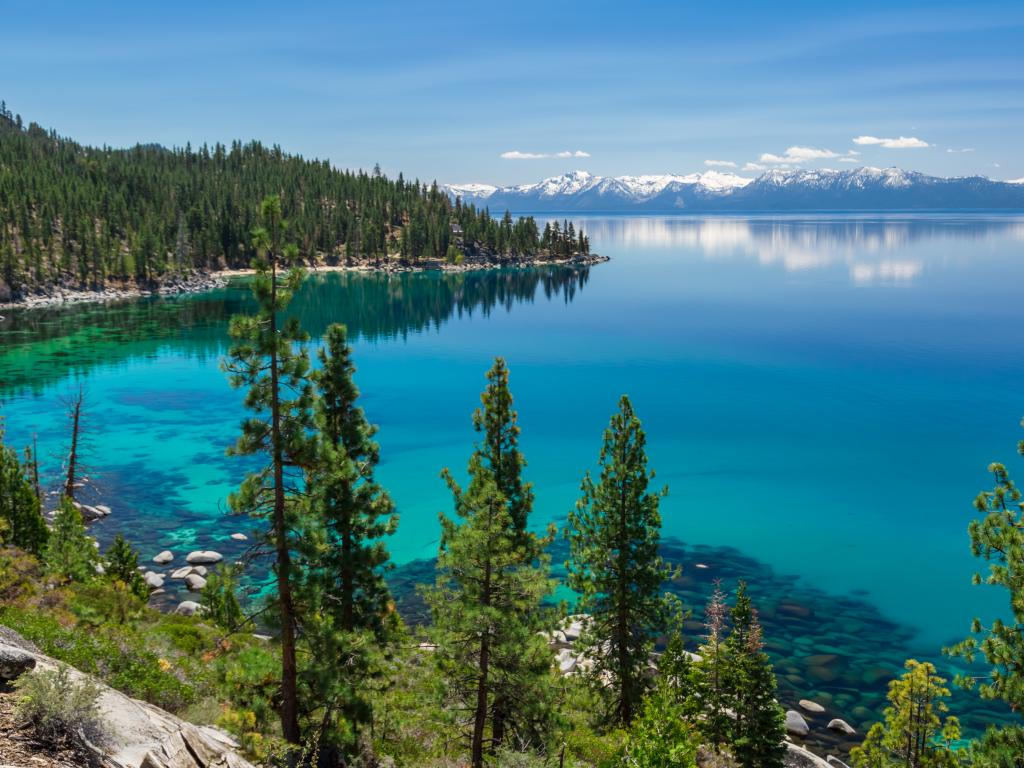 East shore of the beautiful Lake Tahoe lying on the border between California and Nevada
