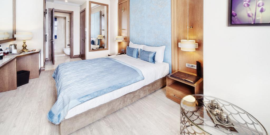 Bedroom Grand Hotel de Pera, Istanbul