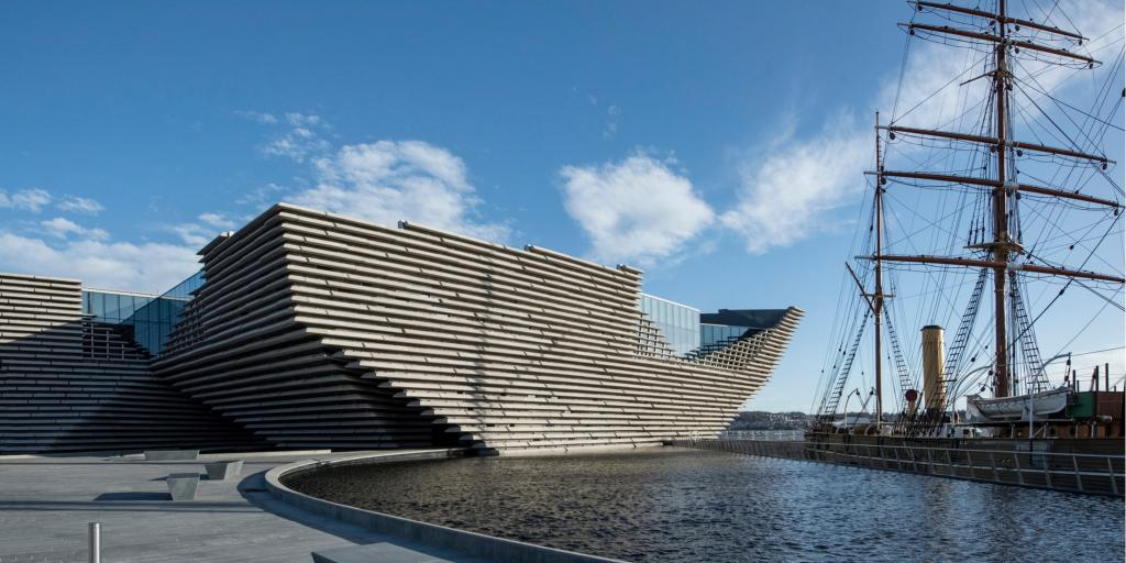 The new V&A Dundee Museum of Design sits on the waterfront alongside the RSS Discovery ship