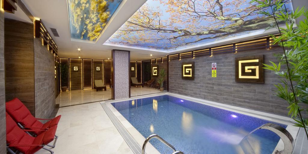 Pool Grand Hotel de Pera, Istanbul