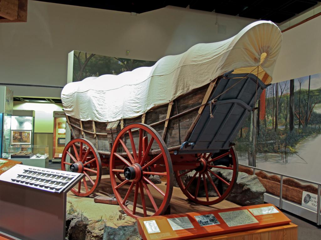 Western covered wagon in the Tennessee State Museum, Nashville