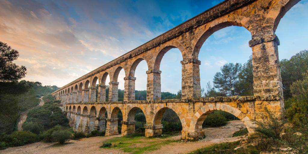 road trip in Spain - Tarragona Aqueduct stop