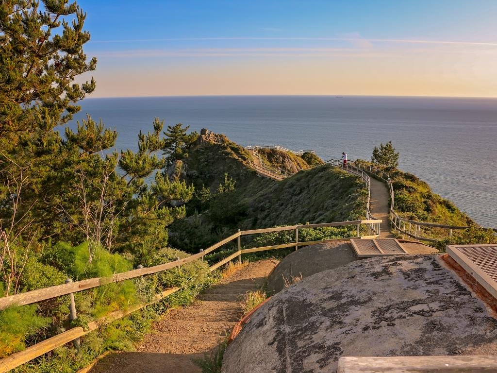 Footpath down to Stinson Beach near Bolinas in Marin County, California