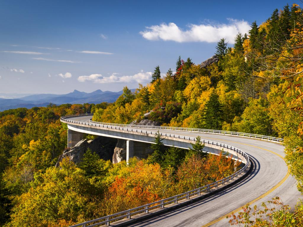 The Linn Cove Viaduct along the Blue Ridge Parkway road through North Carolina