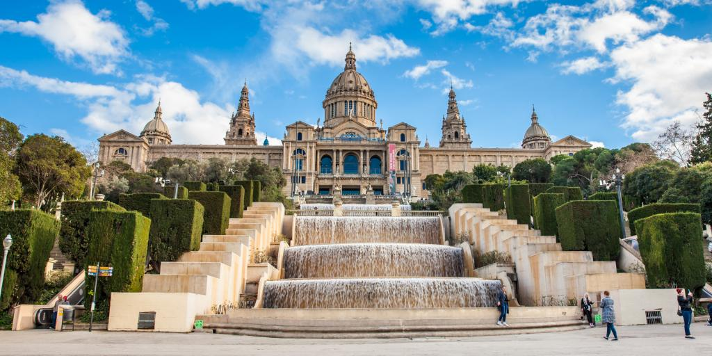 Spain road trip day 2 - Montjuic fountain