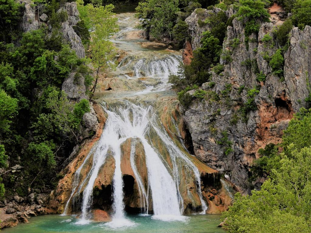 Waterfall in Turner Falls Park in Oklahoma