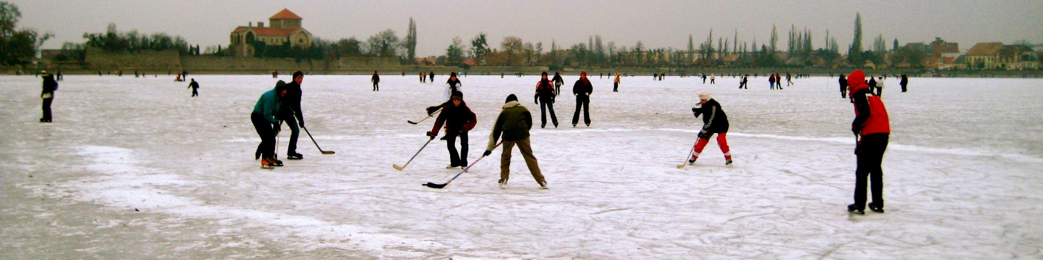 In wintertime, the lake in Tata freezes over and becomes a playground for kids and keen ice hockey players