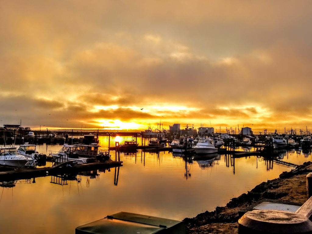Sunrise at Marina Westport Washington