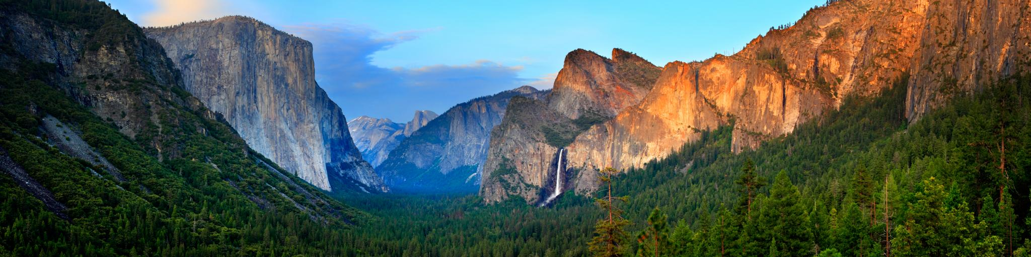 Evening view of the Yosemite Valley at Sunset from Tunnel View, California National Park