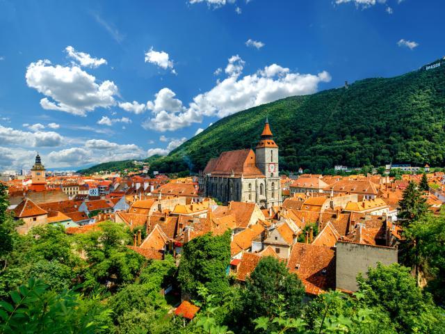 Stop in Brasov on the Transylvania road trip through Romania