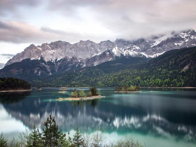 Lake Eibsee, Garmisch-Partenkirchen, Germany