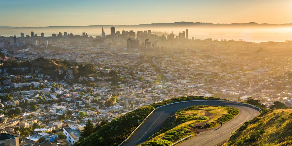 View of San Francisco at sunrise from Twin Peaks