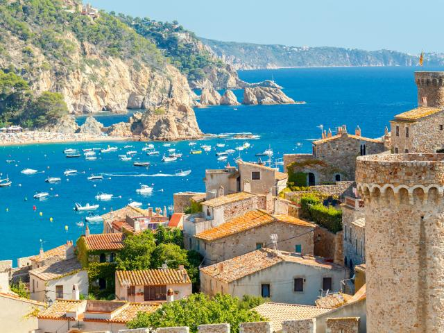 Best time to visit Spain - Full month by month guide