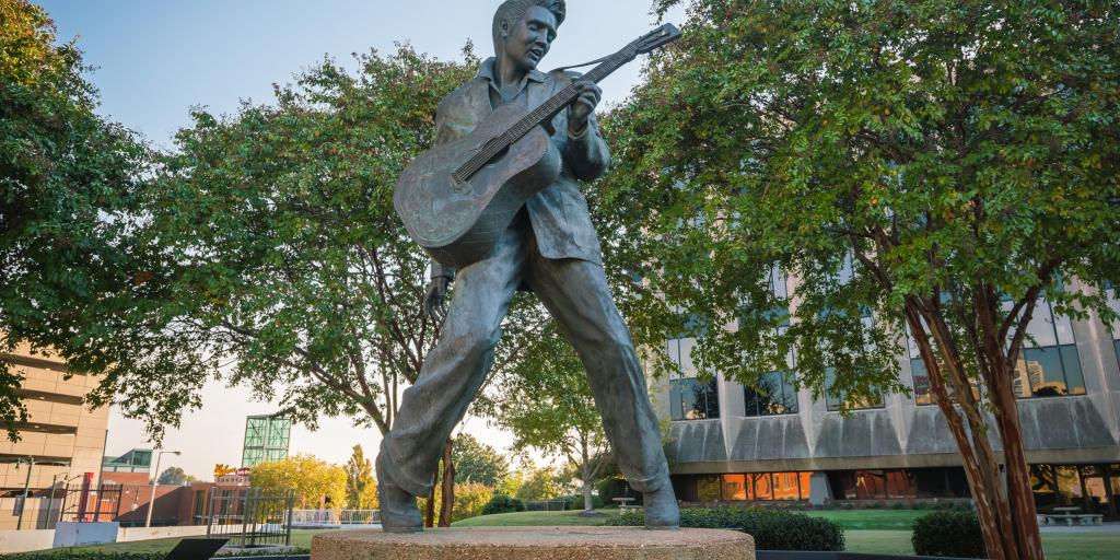 Elvis Presley statue in Elvis Presley Plaza - Memphis, Tennessee