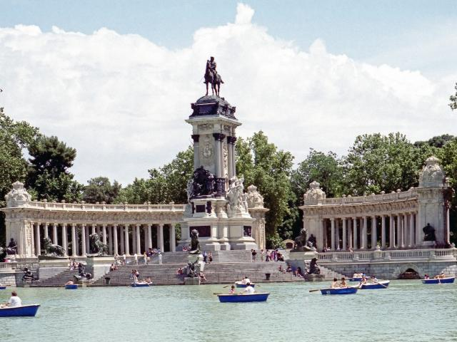 El Retiro Park, Madrid, Spain