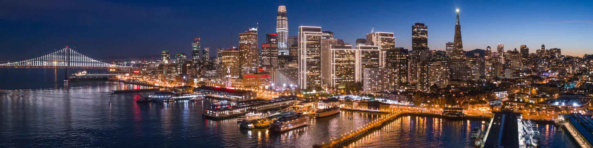 Panoramic evening view of San Francisco