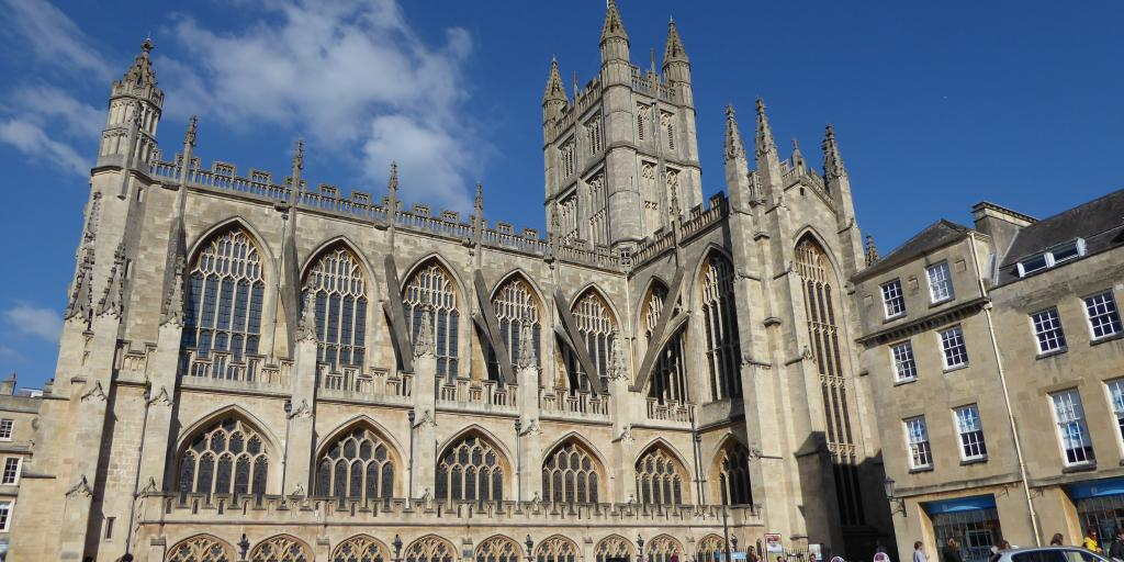 Outside shot of Bath Abbey
