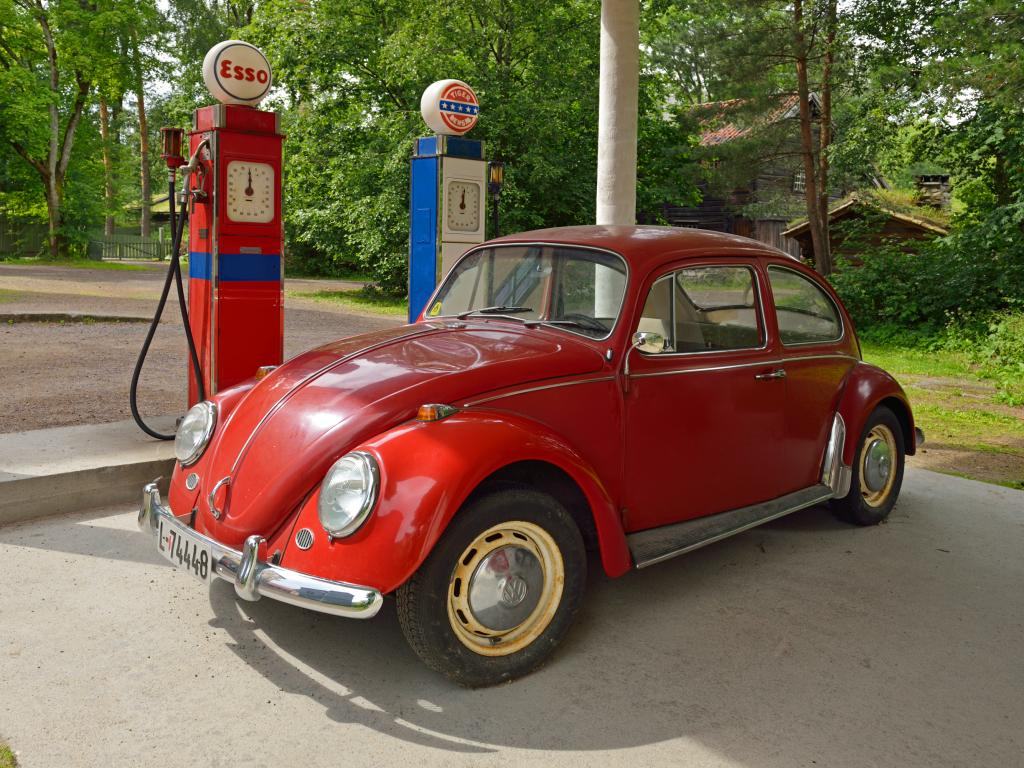 Spotting a VW Beetle or another car of your choice is a great reason to playfully punch each other on a road trip.