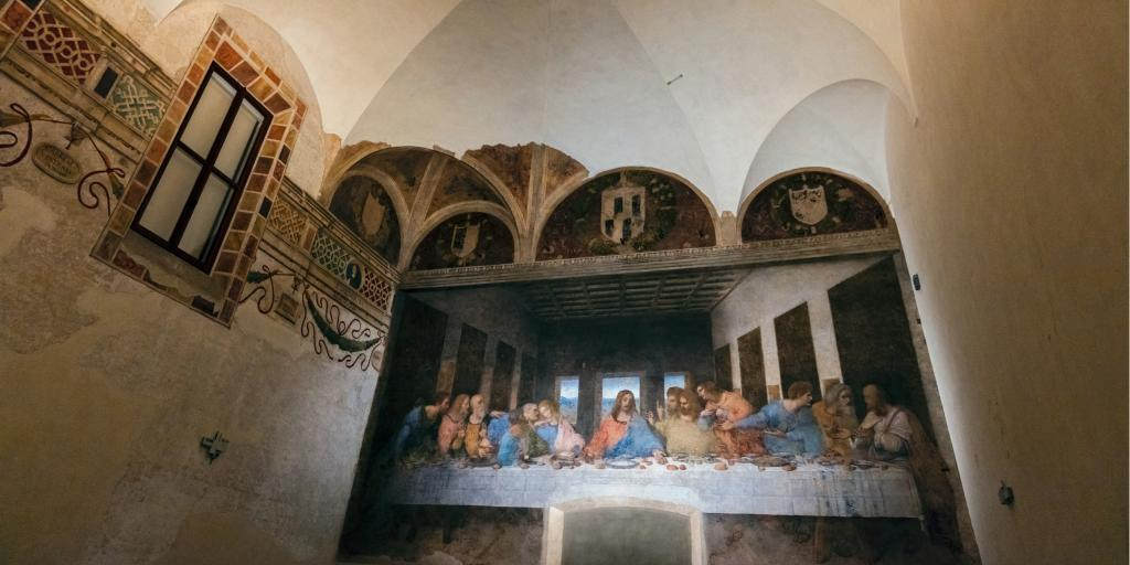Da Vinci's Last Supper painting on the wall of the Refectory of the Santa Maria delle Grazie in Milan