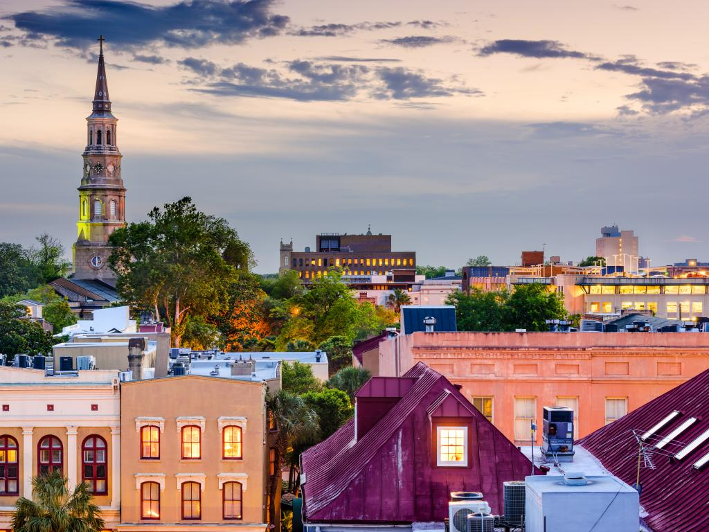 Charleston, South Carolina, USA town skyline