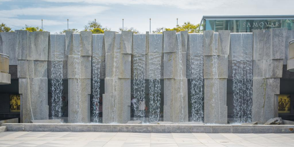 Martin Luther King Jr. memorial and waterfall in Yerba Buena Park
