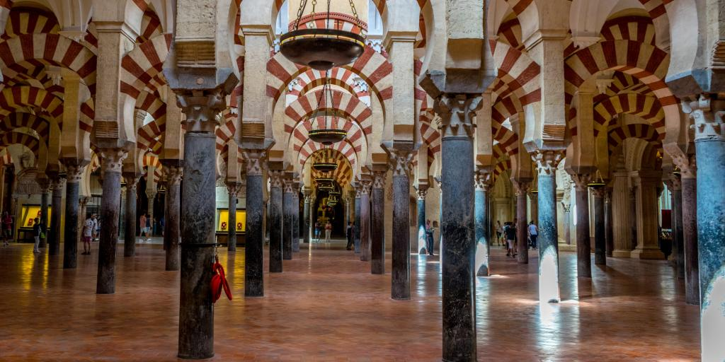 A cultural gem of your Spanish road trip - the Alhambra