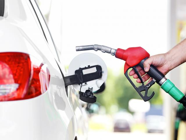 How can I save gas on a road trip?