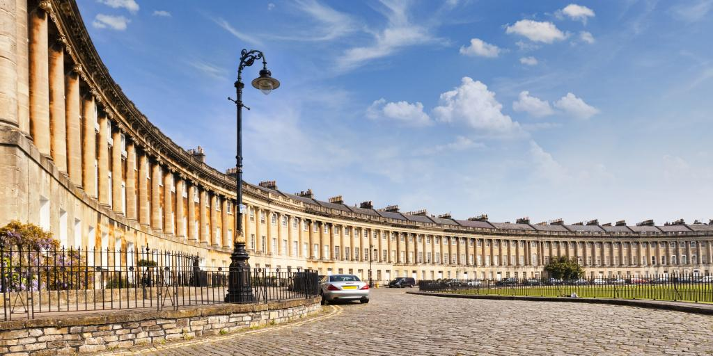 A view around the Royal Crescent in Bath on a sunny day