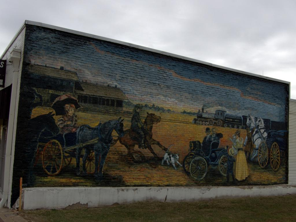 Colonel Green and His 1899 Automobile mural in Terrell, Texas