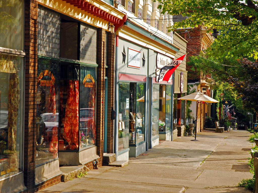 Boutiques and independent stores in Cold Spring, NY