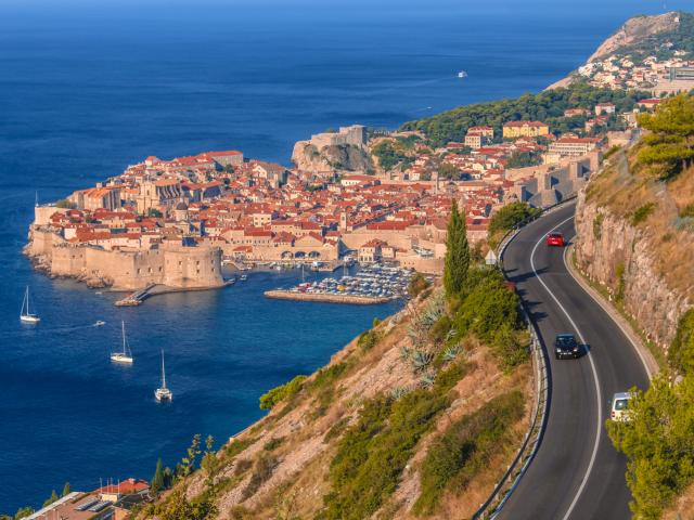 Driving in Croatia: Tolls, roundabouts and road rules